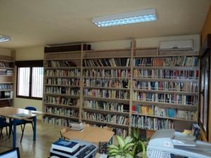 biblioteca-niguelas004-555x416