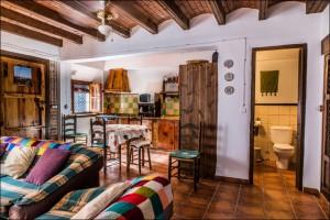 casa-abuela-pilar-turismo-rutal-valle-de-lecrin018